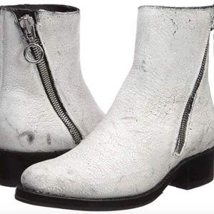 FRYE Women's Demi Zip Bootie Ankle Boot